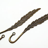 Set of 2 Antique Bronze Tone Feather Bookmark Blanks