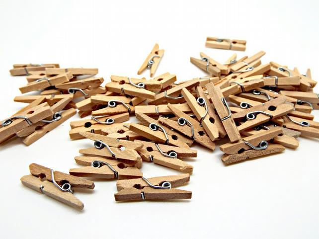 Pack of 50 Natural Mini Wooden Pegs.  Rustic Style 1 Inch Clips