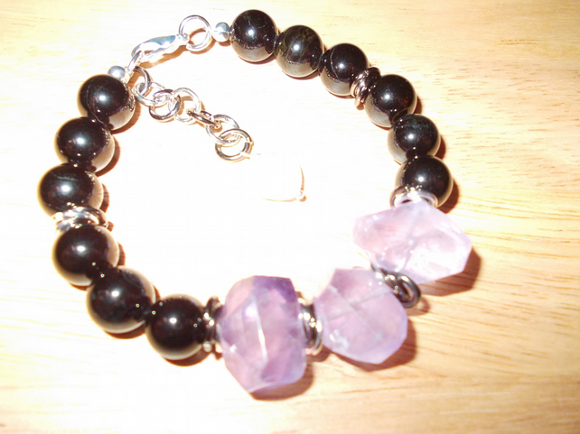 Amethyst and black agate bracelet