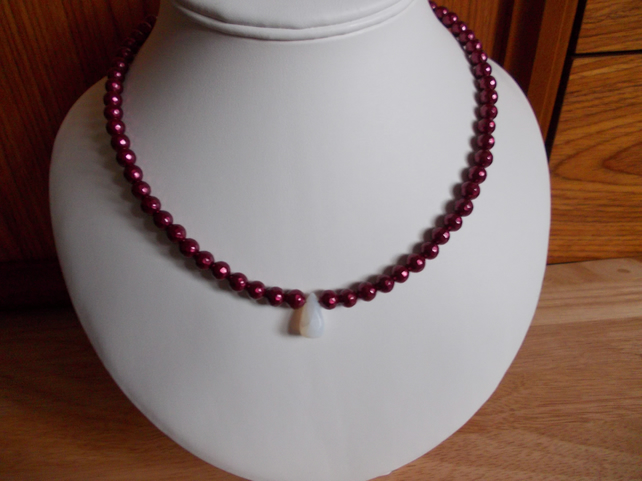 Burgundy shell pearl and white opal necklace