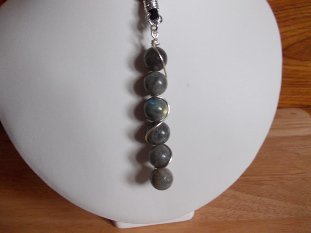 Wire wrapped labradorite drop necklace