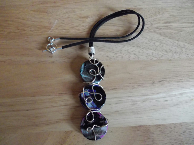 Wire wrapped multi-colour agate chunky coins pendant