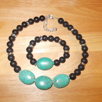 Chunky agate and magnesite necklace and bracelet