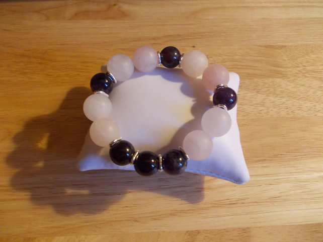 Frosted rose quartz and amethyst elasticated bracelet