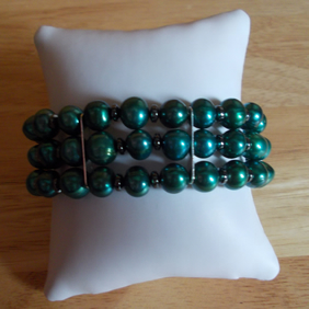 Teal pearl and haematite three strand bracelet