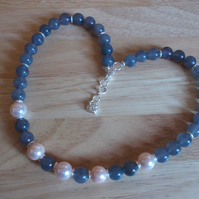 Cloudy quartz and shell pearl necklace
