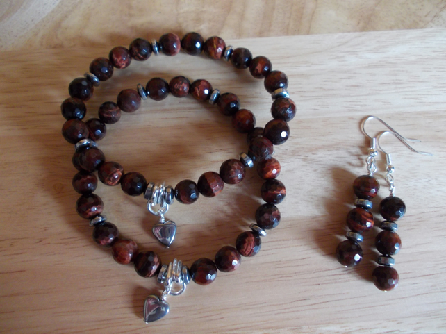 Red tiger's eye elasticated bracelets
