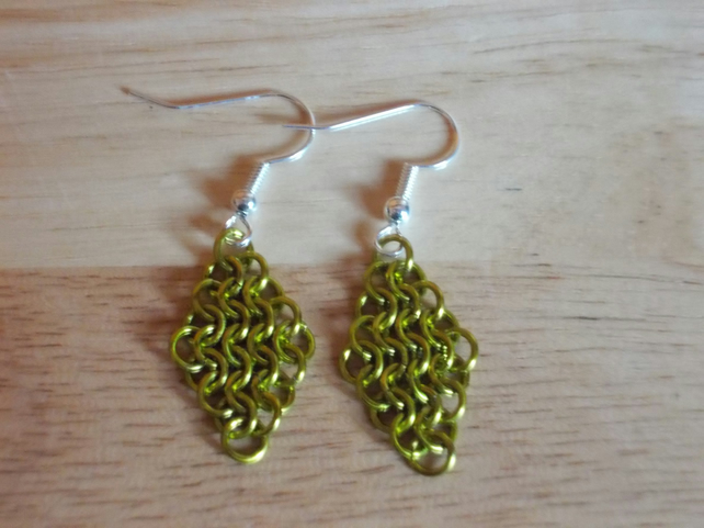 Olive chainmaille diamond earrings