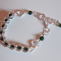 Green crackled quartz chainmaille bracelet