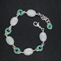 Jadeite oval and chainmaille bracelet