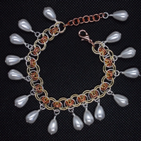 Three tone chainmaille bracelet  with shell pearl