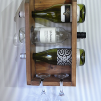 3 bottle wine rack with 2 glasses