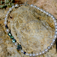 Chunky hand-made necklace - pearl and Abalone shell.