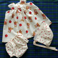 Baby Girl's Dress Outfit - Sun Dress with Matching Bloomers and Sunhat