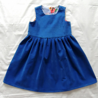 Girl's Pinafore Dress Age  4-5