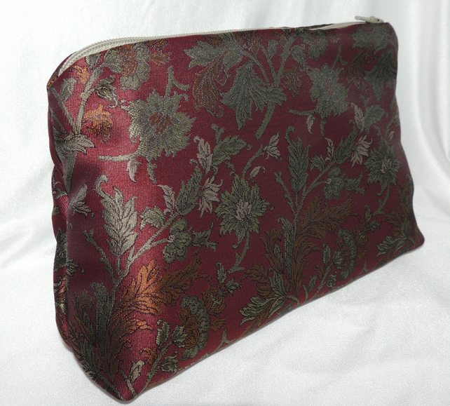 Unique Silk Cosmetic Make up Bag