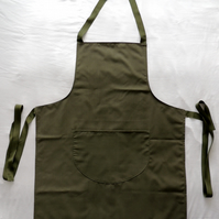 Traditional Full Length Apron