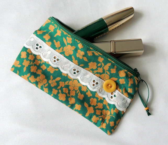 Zipped Pouch suitable as a Coin Purse or Handbag size Makeup Bag