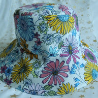 Girl's Floral Cotton Sun Hat Age Approx 1-3 years