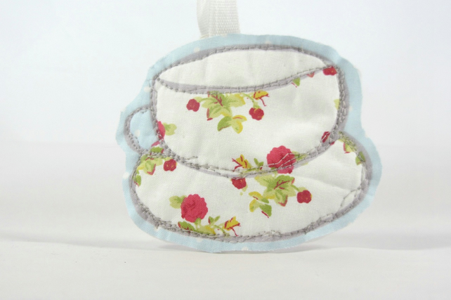 Reduced - Hanging Tea Cup - decoration - vintage tea