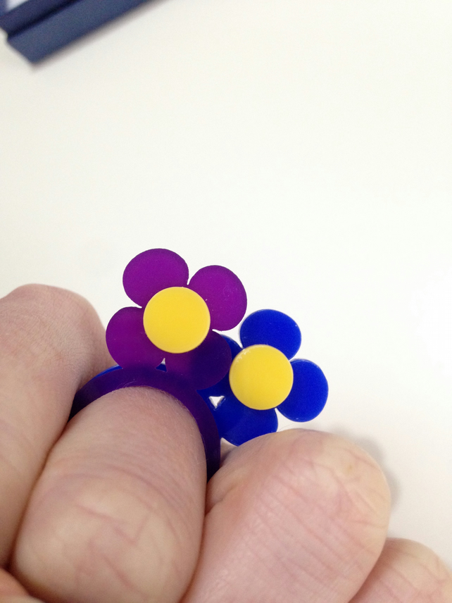 Flower Stacking Ring - Laser Cut Acrylic