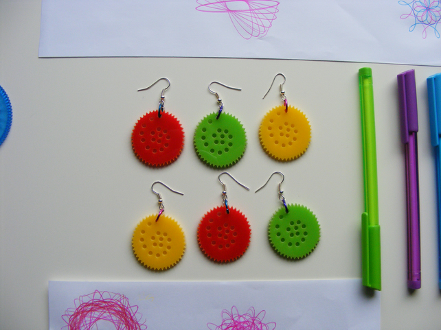 Colourful Circular Drawing set earrings, inspired by Spirograph