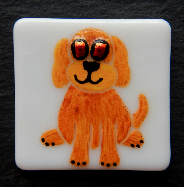 HANDMADE FUSED DICHROIC GLASS 'LITTLE PUPPY' BROOCH.