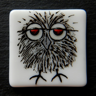 HANDMADE FUSED DICHROIC GLASS 'OSWALD THE OWL' BROOCH.
