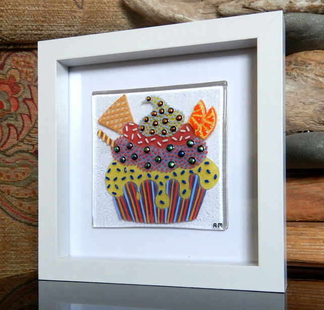 HANDMADE FUSED GLASS  'ORANGE SLICE CUPCAKE' PICTURE