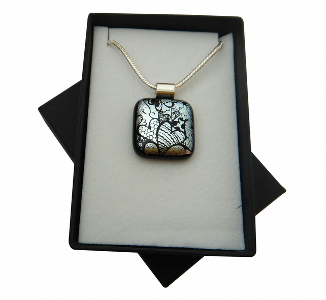 HANDMADE FUSED DICHROIC GLASS 'SILVER HEARTS' PENDANT.