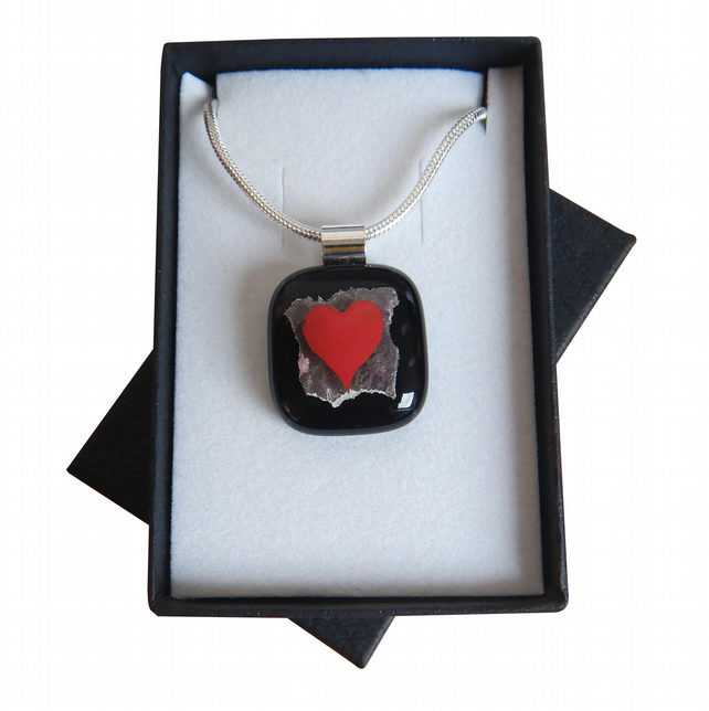 HANDMADE FUSED DICHROIC GLASS 'HEART' PENDANT.
