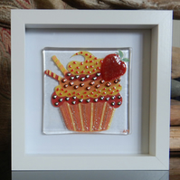 HANDMADE FUSED GLASS  'STRAWBERRY CUPCAKE' PICTURE