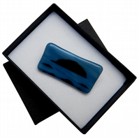 HANDMADE FUSED DICHROIC GLASS 'AILSA CRAIG' BROOCH.