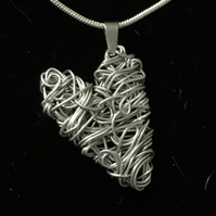 jcn008a HEART Pendant NECKLACE, Valentines gift, unusual handmade present, wire