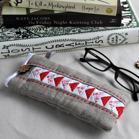 Glasses Case in Red & White on Linen - Glasses Pouch, Specs Case