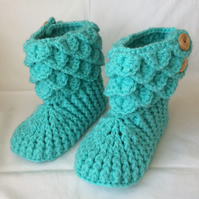 Children's Crochet Slipper Boots Green UK Child Size 4-6