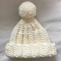 Newborn Baby Crochet Bobble Pom Pom Hat Cream