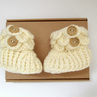 Beige Baby Booties - Crochet Baby Shoes