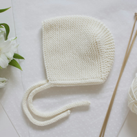 Cream hand knitted baby bonnet, winter hat. winter christening.