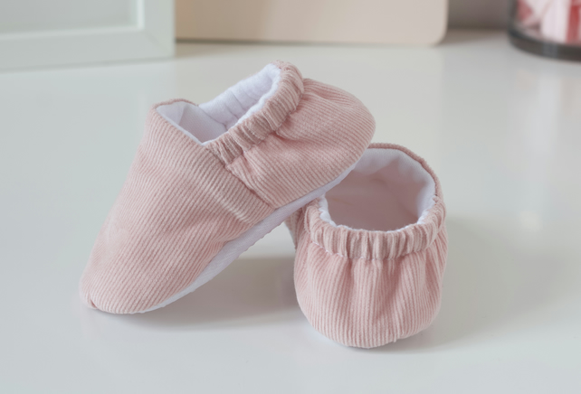 baby girls shoes Pink Corduroy baby girls shoes toddler shoes.