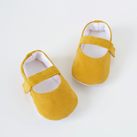 Mustard corduroy baby girls Mary Jane shoes. toddler shoes.