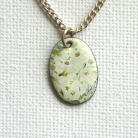 Painted enamel pendant (small) - daisies