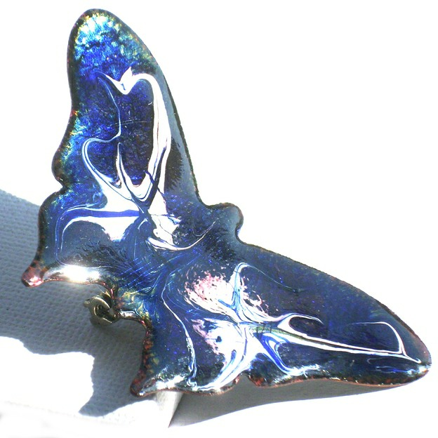 large buttterfly - scrolled dark blue