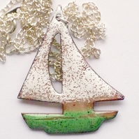 enamel pendant - boat:green hull, white sails