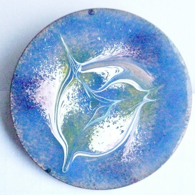 brooch - round: scrolled white, orchid, gold over royal blue on clear enamel