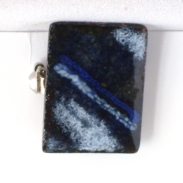 brooch - rectangle: blues and white
