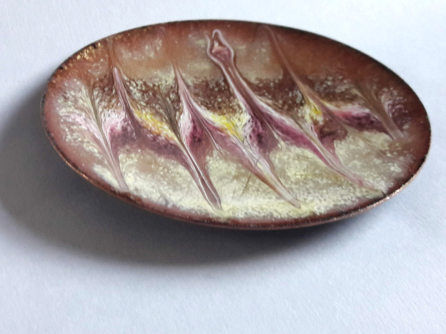 enamel dish: scrolled white, orchid, gold on cream over clear enamel