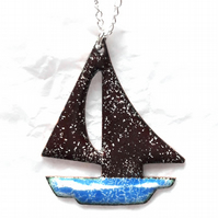 boat pendant - blue hull, brown sails