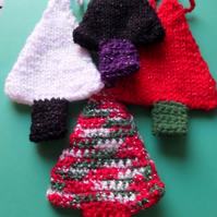 Christmas Tree Decorations - Knitted - set of 4
