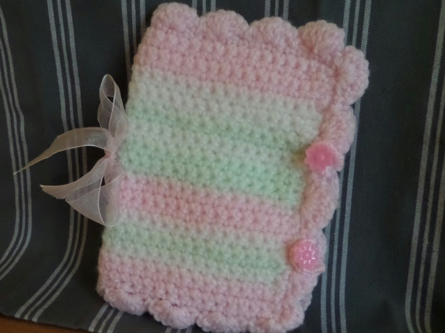 Sewing Needle Case - Dainty Pink, Pale Green and White